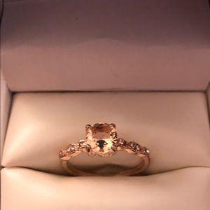 Jewelry - Champagne gemstone in rose gold